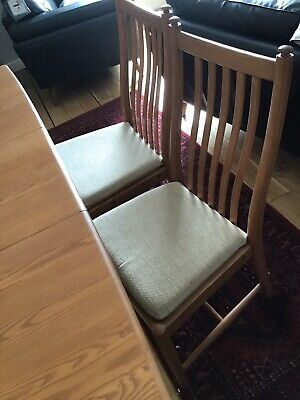 Ercol Light Windsor Extending Dining Table And Six Penn Dining Chairs. . • 1,100£