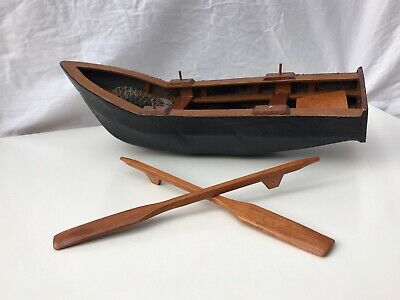 Wooden Model Rowing Boat With Oars Named Hanah  New In Box • 4.99£