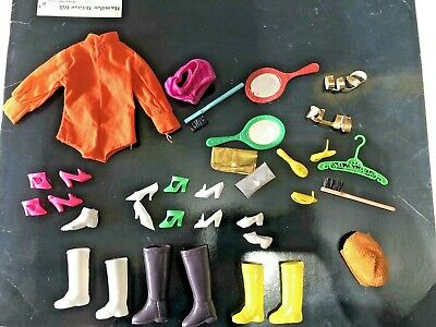 $ CDN46.24 • Buy Vintage Barbie Doll Mixed Accessories Lot, Boots, Shoes, Purses, Mirrors, Hanger