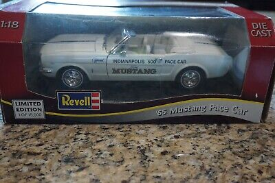 $30 • Buy 1:18 Revell 1965 Ford Mustang Convertible Indy 500 Pace Car (White)