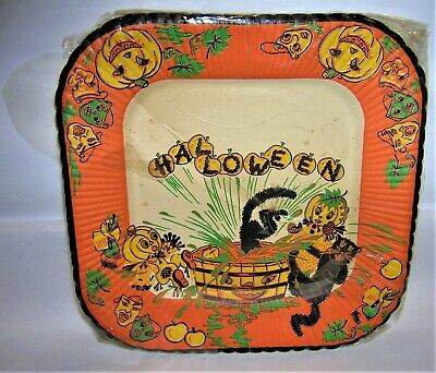 $ CDN52.84 • Buy  6 VINTAGE 1940's Reed's HALLOWEEN Paper Party Plates BLACK CATS, PUMPKIN PEOPLE