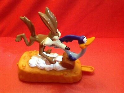 McDonald's Happy Meal Toy Loony Tunes 1996 Wile E Coyote & Roadrunner • 1£