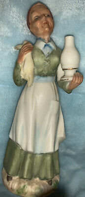 ARCO FINE QUALITY DALLAS Old Lady Mother W/ Cloth & Lamp • 21.10£