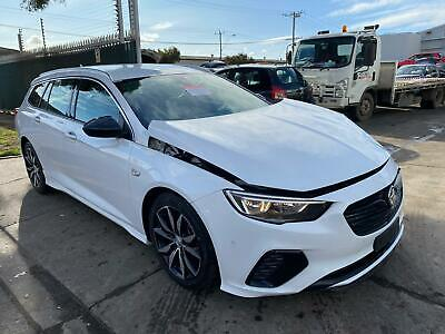 AU15 • Buy Wrecking Holden Commodore Zb, Wagon, 10/17-12/20 17 18 19 20