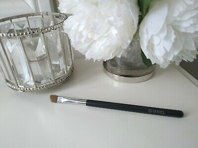 Genuine Chanel Cream Eyeshadow Brush RRP £27 • 11£