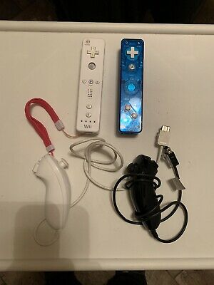 $ CDN30 • Buy Wii Remote Controllers 2x W/2 Nunchuks Nintendo Wii U Tested Works