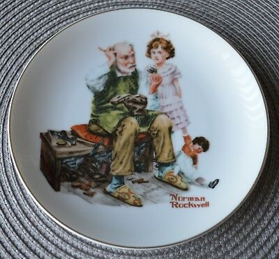 $ CDN44 • Buy Norman Rockwell The Cobbler Plate See Pictures.