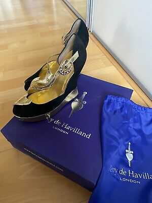 Terry De Havilland Black And Gold Penny Wedges UK 6 (39) • 350£