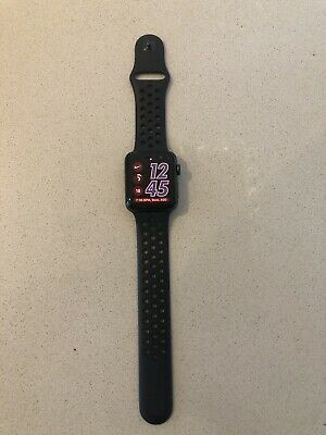 $ CDN322.65 • Buy Apple Watch NIKE Series 3 GPS- 42mm Space Grey - Immaculate Condition