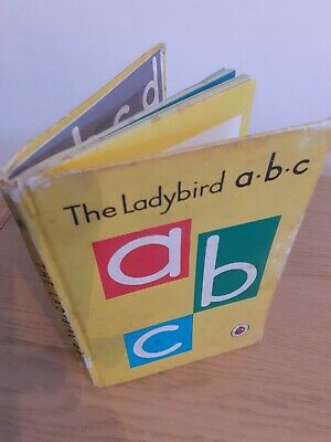 The Ladybird Book ABC Vintage Book 2'6. 1st Edition 1962 • 2£