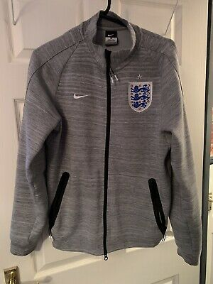 England Nike Zip Track Top Size Small Mens  • 10£