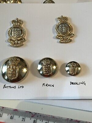 Royal Army Ordnance Corps Collar Badges & Buttons • 4.99£