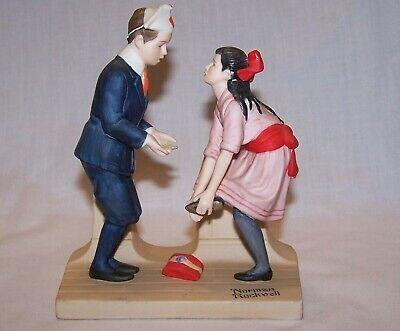 $ CDN5.25 • Buy The 12 Norman Rockwell Porcelain Figurines - First Dance