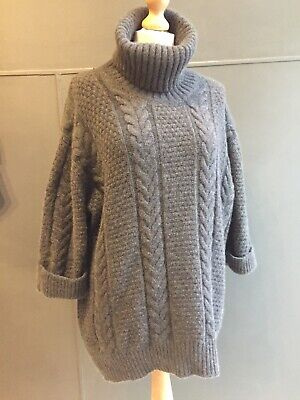 N. Peal Cashmere Oversized Jumper Size Medium  • 230£