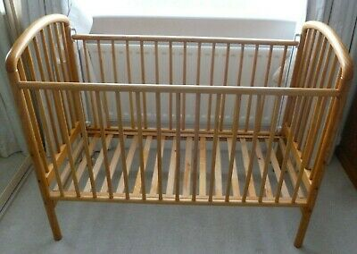 Beautiful Mothercare Solid Pine Wood Drop Side Cot Bed & Mattress • 29.99£