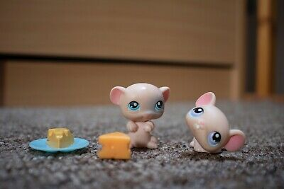 £3.80 • Buy Littlest Pet Shop Mice Figures With Cheese
