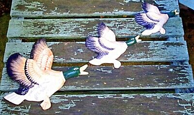 Vintage Retro Kitsch Graduated Ceramic Flying Ducks Wall Plaques Set Of 3  • 23£