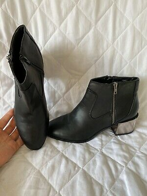 Women's Red Herring Black  Ankle Boots 7/40 • 3£