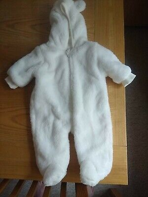 Baby White Bear Onesy. Cotton & Polyester. Soft, Comfy. F&F Never Worn. 1 Month • 1.99£