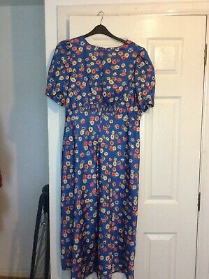 Asos Floral Dress Size 16 • 5.25£