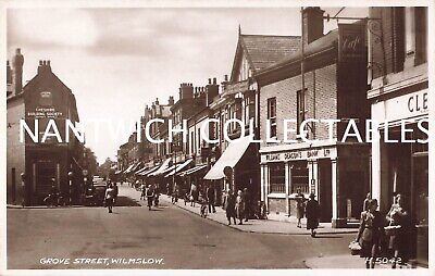 Cheshire Grove Street Wilmslow Real Photo • 15£