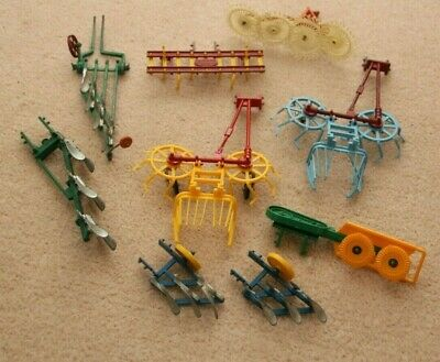 Britains Model Farm Diecast Ploughs And Implements • 14.99£