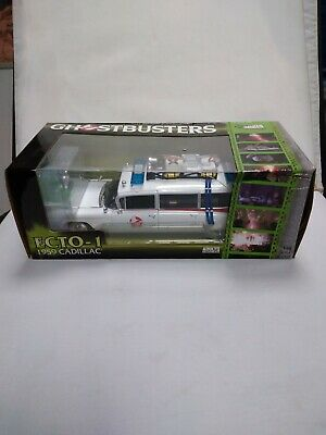 Ghostbusters Ecto 1 1:18 Scale Diecast Model With Slimer- Box Has Damage • 129.99£