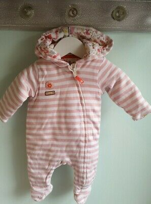 Baby Girls Cute Striped Hooded All On One Pramsuit 0-3 Months Winter Woodland • 1.40£
