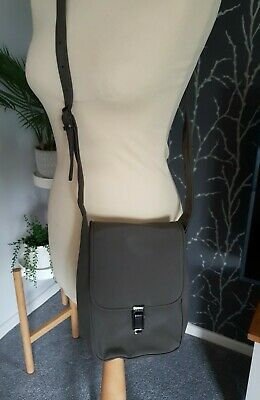 Mexx Olive Colour Cross Body Bag  • 2.95£