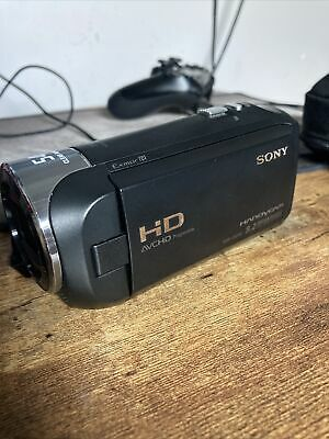 Sony HDR-CX240E Full HD Camcorder. Comes With 64GB Micro SD Card And Bag • 75£