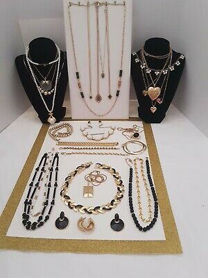 $ CDN93.56 • Buy Vintage Estate GOLDTONE Jewelry Lot Necklace Pendant Signed Faux Jade Monet Avon