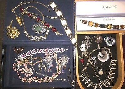 $ CDN34.75 • Buy Lot Of Vintage Costume Mostly Signed Jewelry Coro, Sterling Trifari Monet More