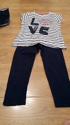 Girls Two Piece Top & Leggins Navy & White Love England Age 8/9 Pre-owned  • 1.99£