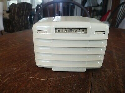 $ CDN285.46 • Buy Rare Vintage Silvertone Model 3151  Zephyr  Radio Working! Looks Great