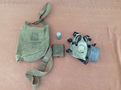 $75 • Buy Vintage US Military Protective Field Mask Gas Mask In Bag With Extras M9A1