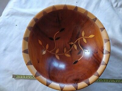 Lovely Inlaid Solid Yew Wood Bowl • 13£