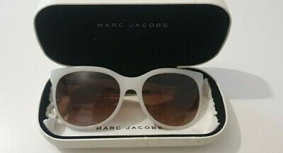 Marc Jacobs Sunglasses With Case And Wipe • 20£