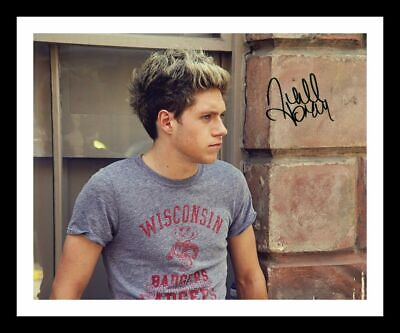 £15.99 • Buy Niall Horan Autograph Signed & Framed Photo 2