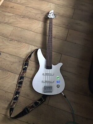 Yamaha RBX A2 Bass Guitar With Free Fender Strap And Gig Bag . Excellent Cond • 188£