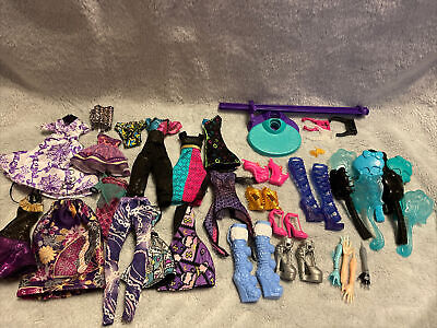 $ CDN35.03 • Buy Monster High Doll Clothes Shoes And Accessories Lot
