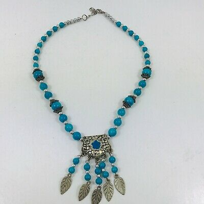 Turquoise Native American  Necklace • 15£