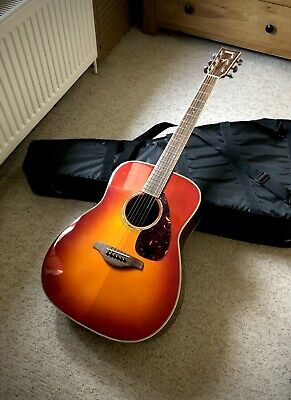 Yamaha Guitar Acoustic • 224.99£