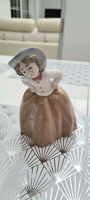 NAO BY LLADRO FIGURINE  1289 Inquisitive Girl  Retired Mint Condition  • 5£