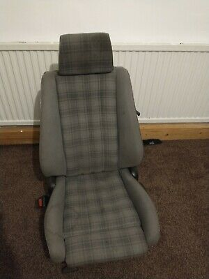 BMW E30 318 Is Seat Sport Grey Cloth  • 220£