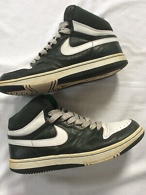 NIKE COURT FORCE - MAD HECTIC HI TOP TRAINERS SIZE UK 10 Green/White • 25£