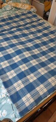 Vintage Blue & White Checked 100 % Wool Welsh Blanket  • 20£