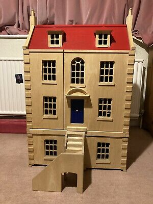 Pintoy Marlborough Wooden Doll's House Plus Furniture And Dolls • 10.80£