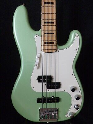 Fender Active P Bass Special 4-string In Sea Foam Green • 845£