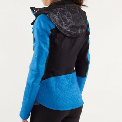 $ CDN100 • Buy Lululemon Run: Bundle Up Jacket. Black/Beaming Blue. Size 10. Flawed.