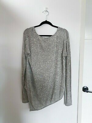AU27 • Buy Viktoria And Woods Light Grey  Top V Neck Size 0